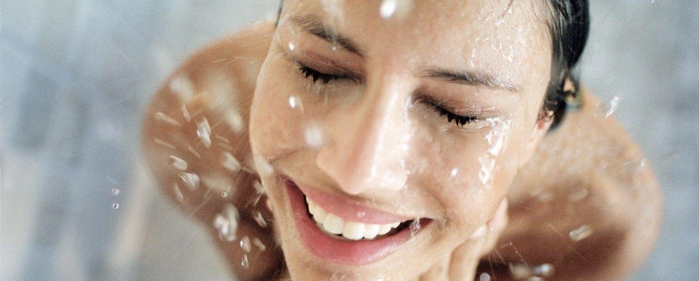 E meglio fare la doccia calda o fredda bigodino - Meglio luce calda o fredda in cucina ...