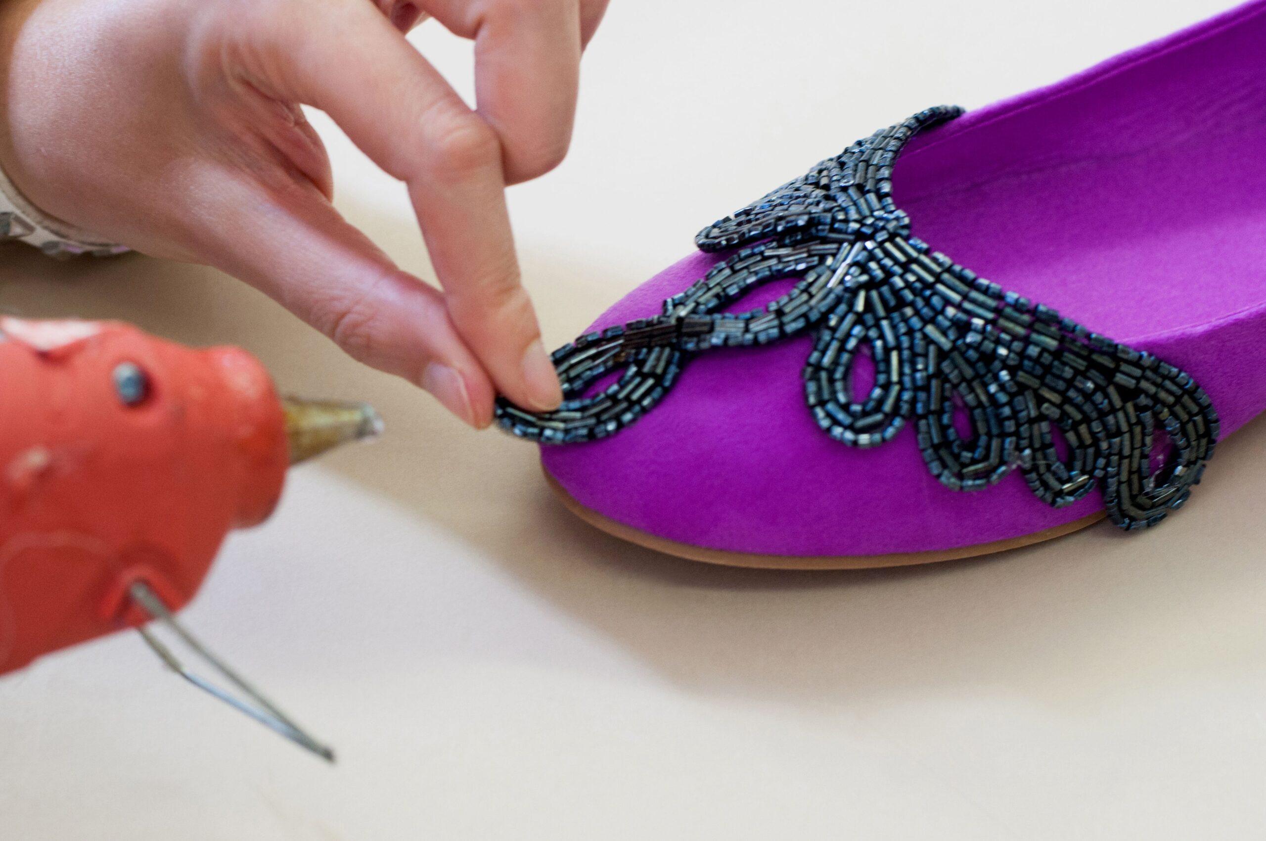 Come abbellire e decorare delle vecchie scarpe
