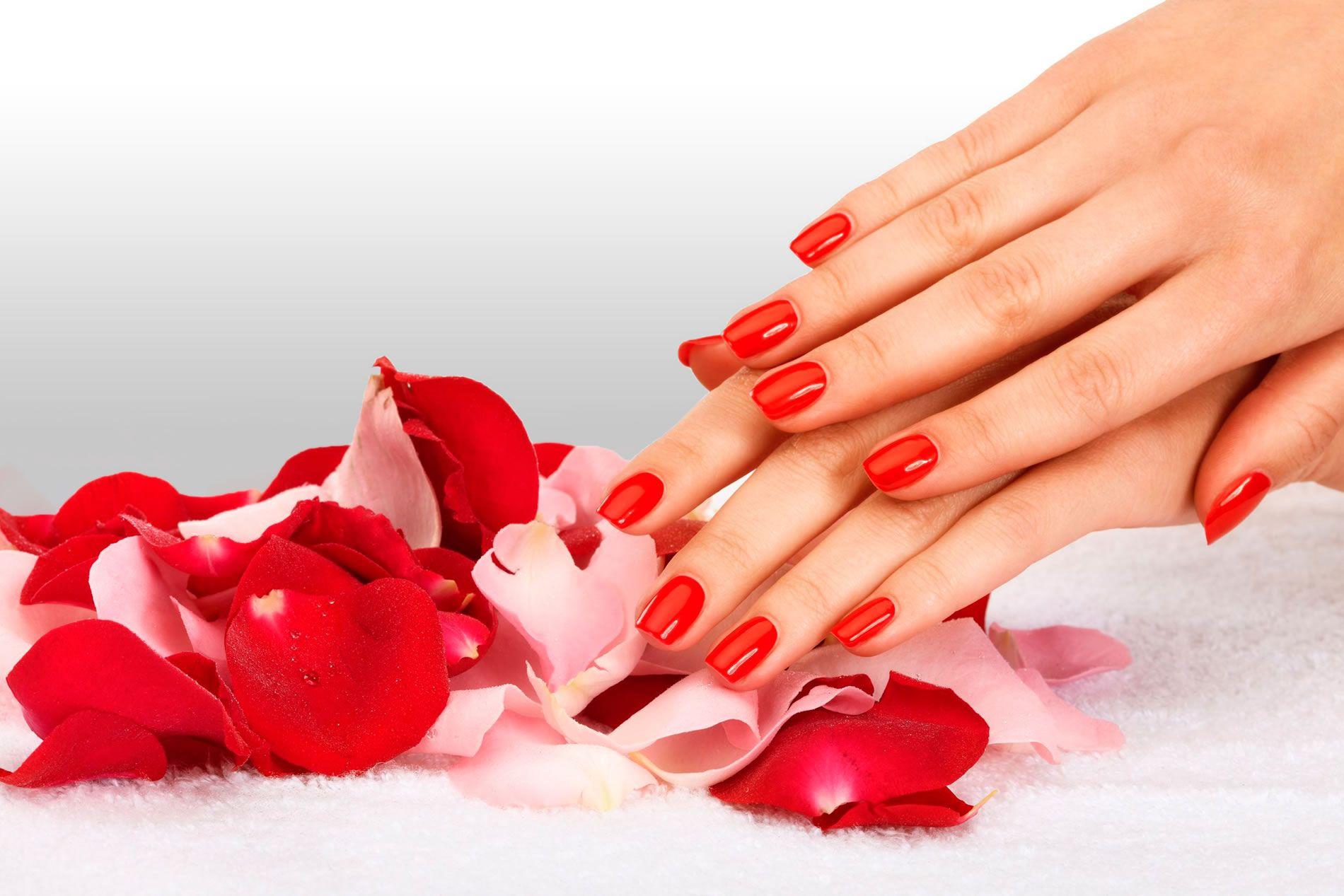 Chic manicure: 5 colori per avere delle unghie eleganti