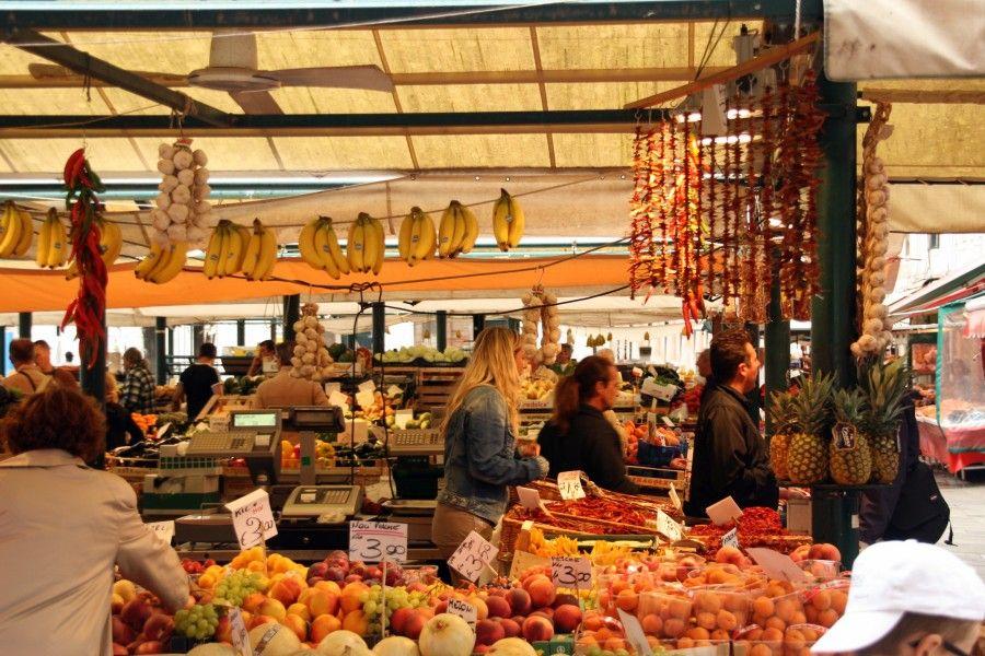 Tour tra i migliori mercati gastronomici d'Europa