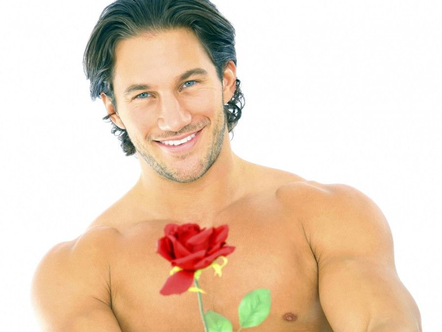 uomo con la rosa
