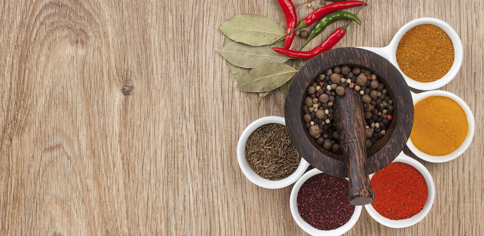 5 spezie ideali per la cura della pelle