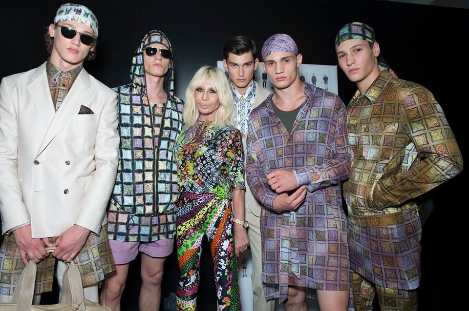 Donatella Versace e i suoi boys