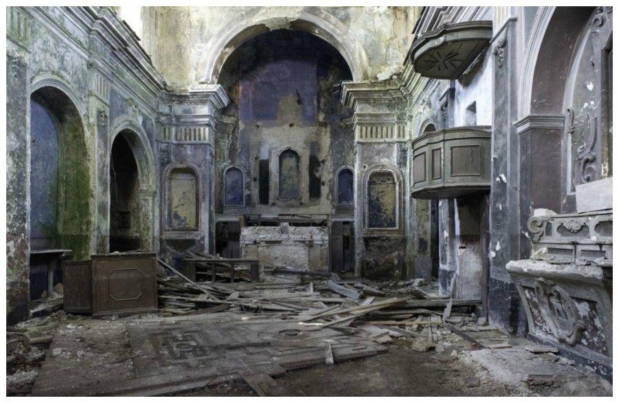 L 39 italia abbandonata un atlante fatto di luoghi for Case abbandonate italia