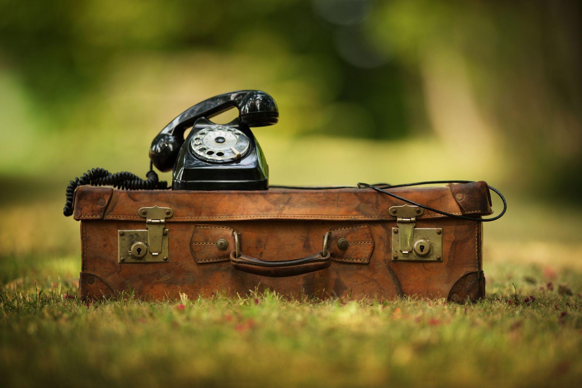 8 idee per rendere una valigia vintage oggetto di design