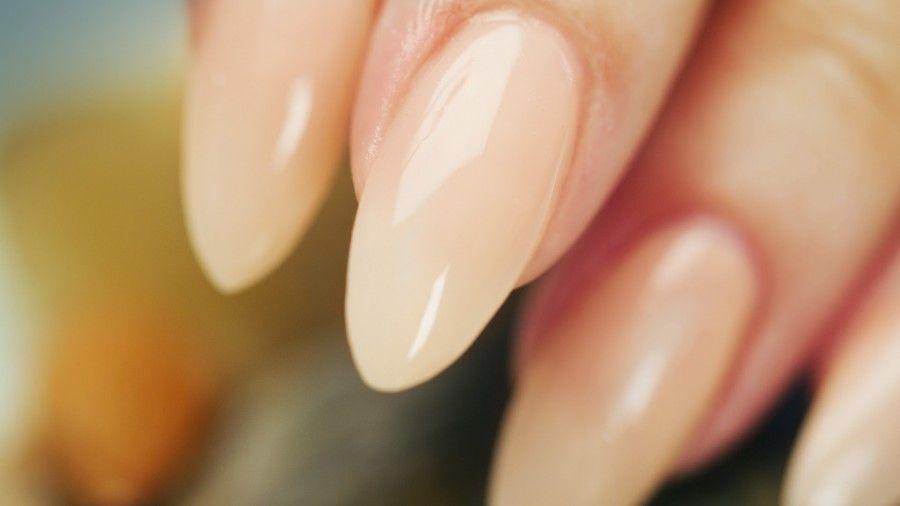 applicare-unghie-finte