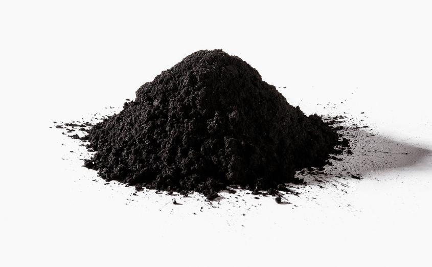 I benefici del carbone vegetale sulla pelle