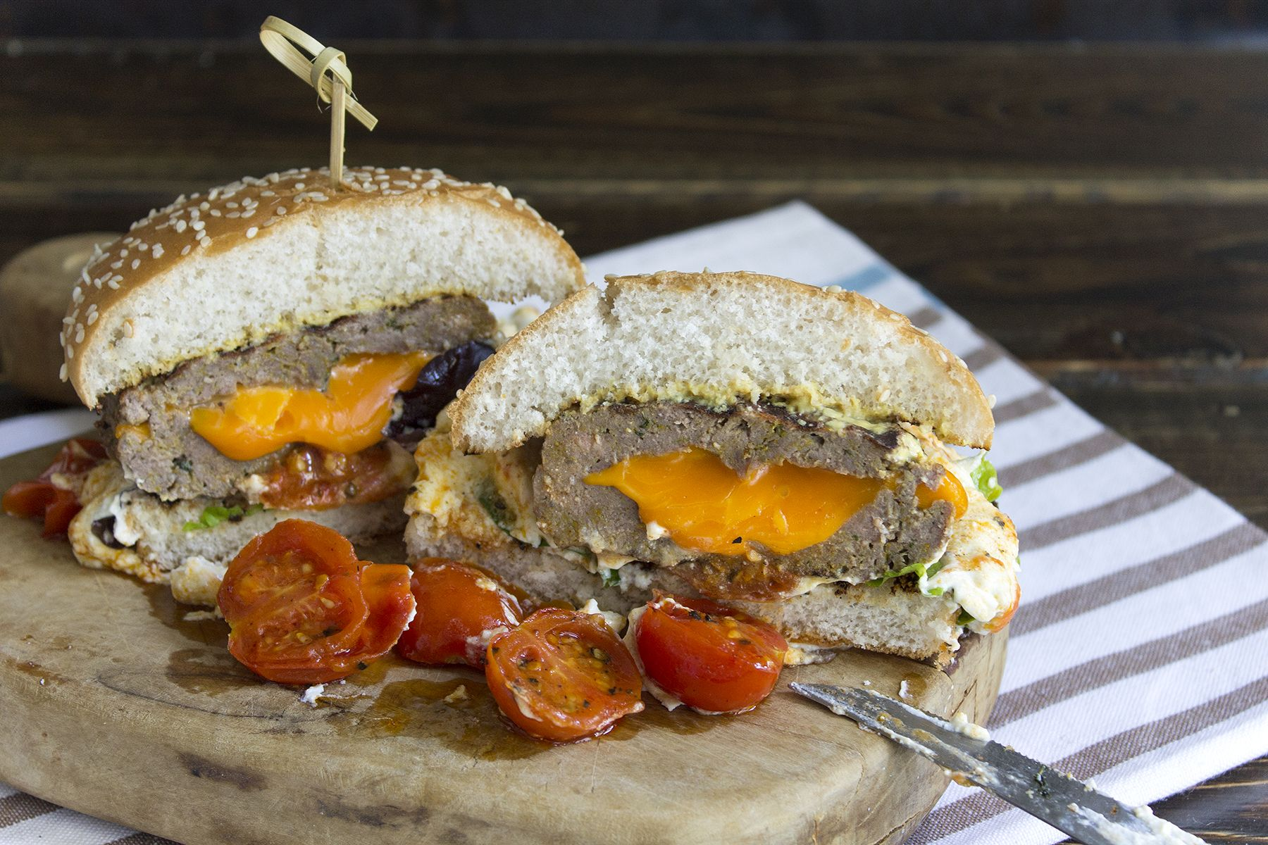 juicy-lucy-hamburger-ricetta-contemporaneo-food