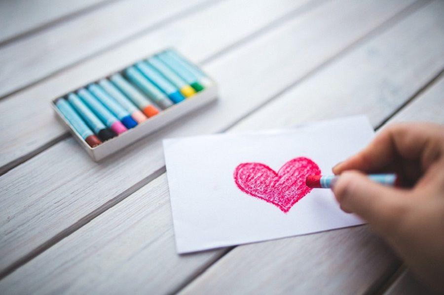 love-heart-hand