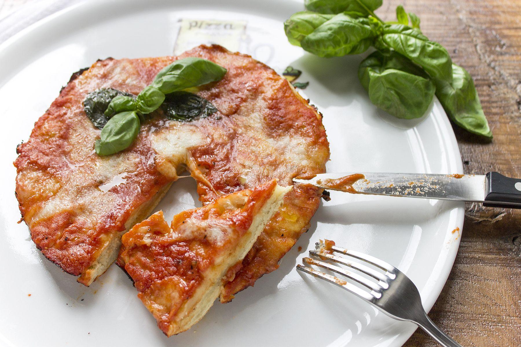 La ricetta della pizza cotta in padella