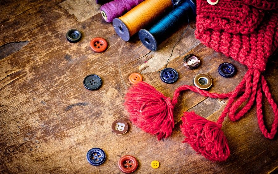 sewing-buttons