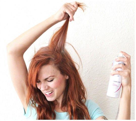 Non esageriamo con i prodotti di styling che appesantiscono i capelli.
