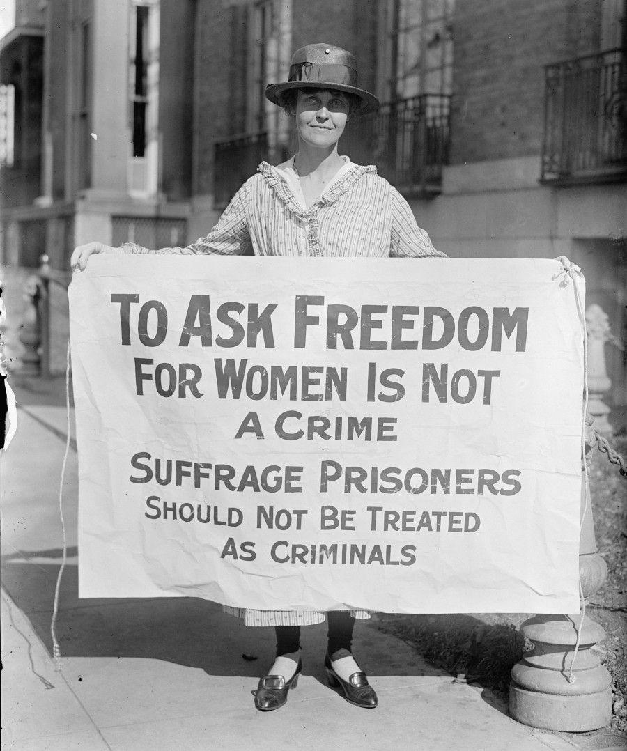 Foto di storica: suffragette