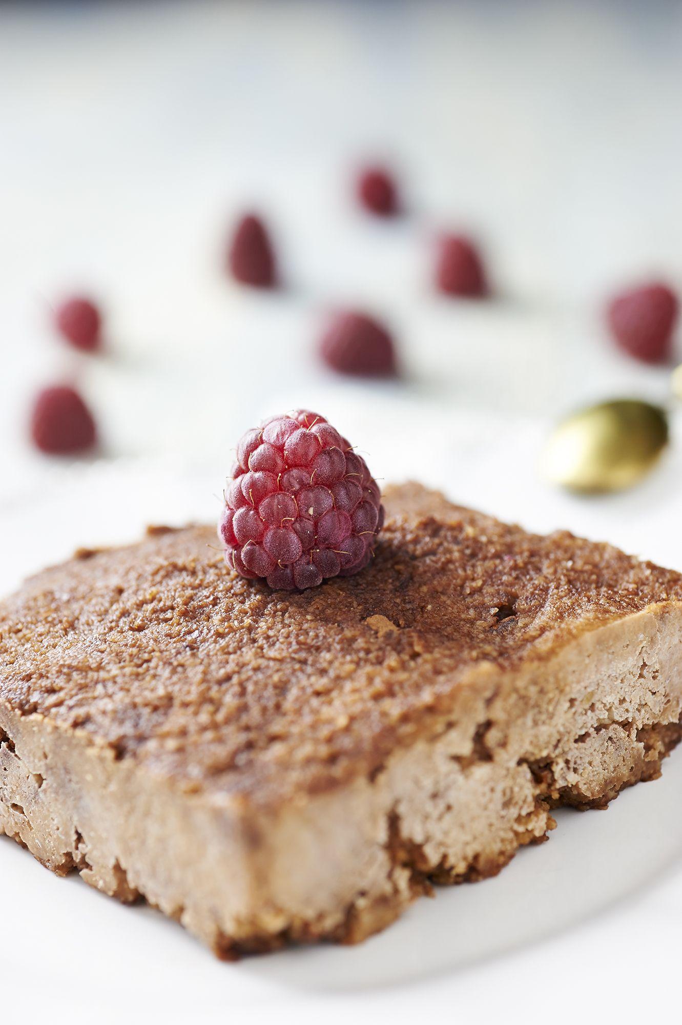 BIGODINO torta crudista al cioccolato e lamponi 11 copia