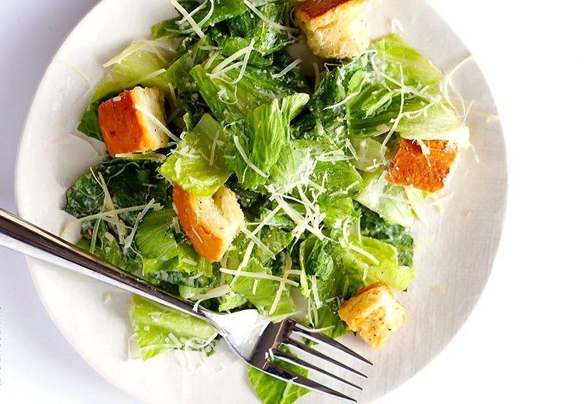 La Caesar Salad? Ecco la versione light perfetta