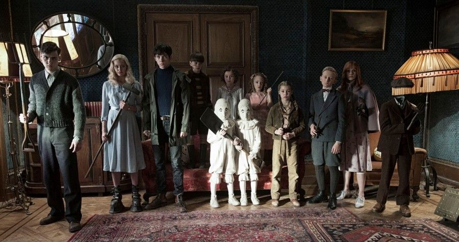 MISS PEREGRINE'S HOME FOR PECULIAR CHILDREN _