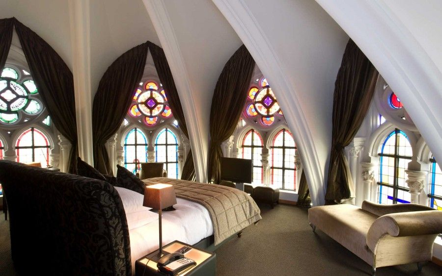 dormire in luoghi sacri