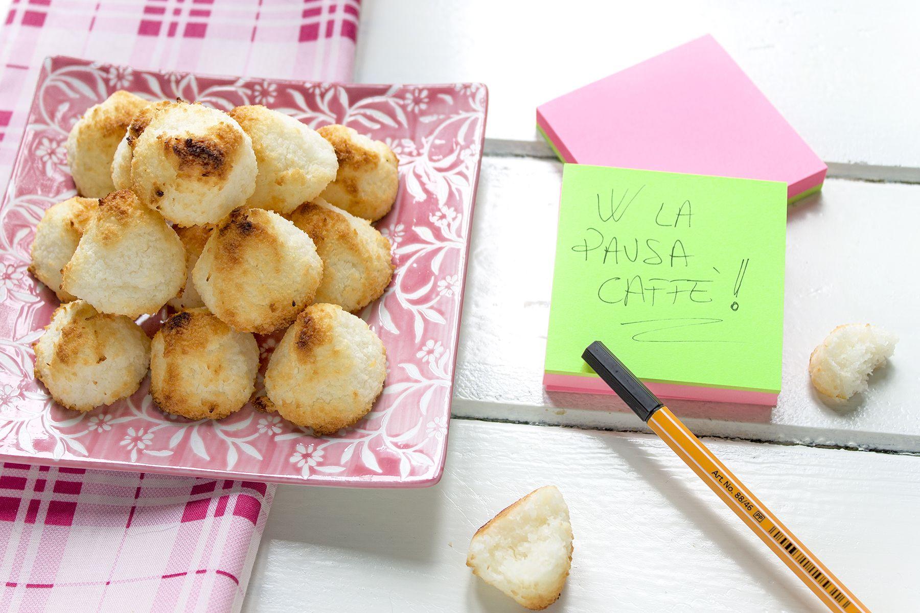 La ricetta dei biscotti al cocco pronti in 10 minuti