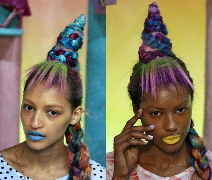 femmes-unicorn-hair