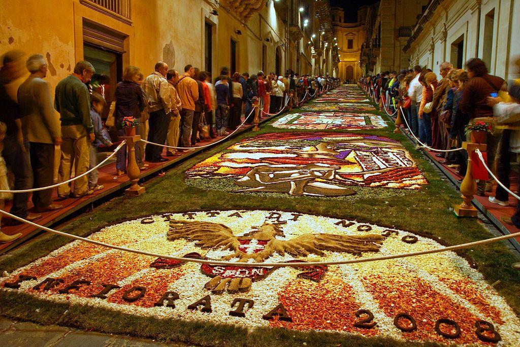festival-dei-fiori-noto
