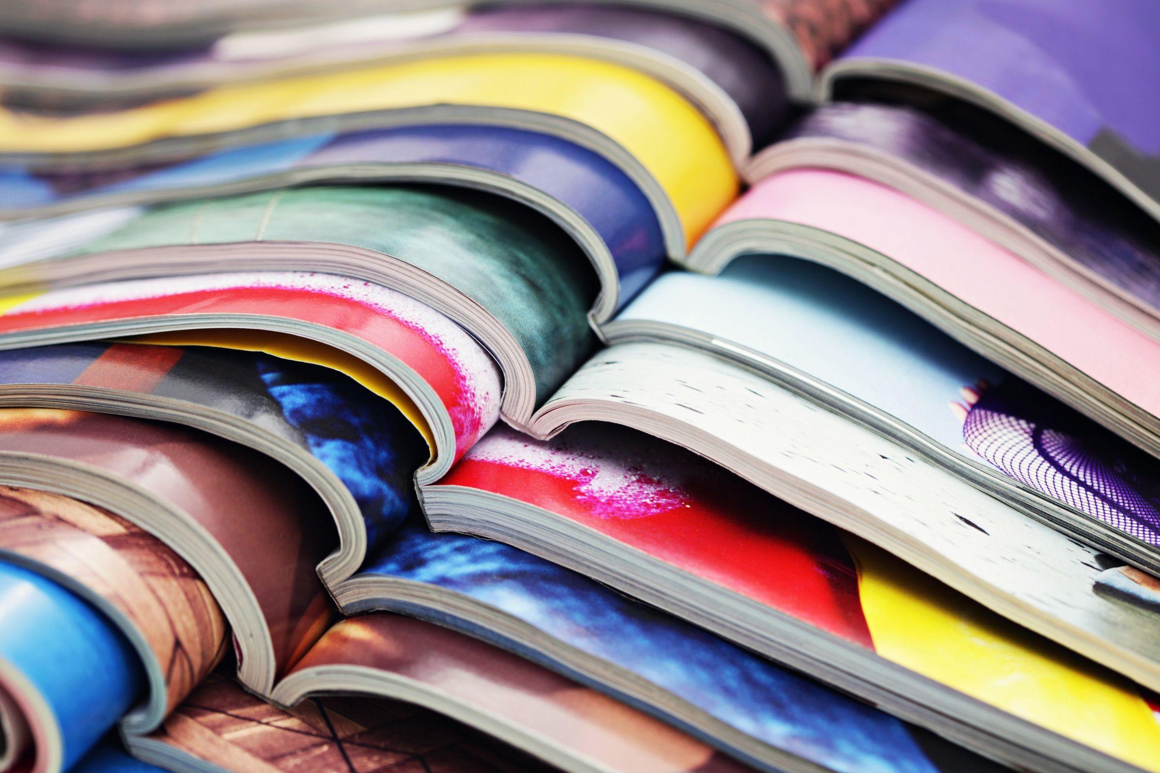 DIY: 4 idee per creare decorazioni con le riviste