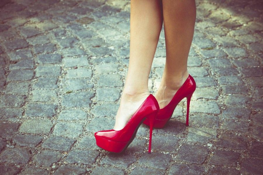 tacchi alti scarpe rosse