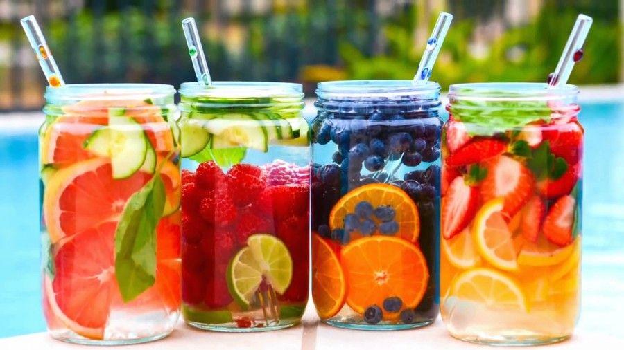 Acqua e frutta