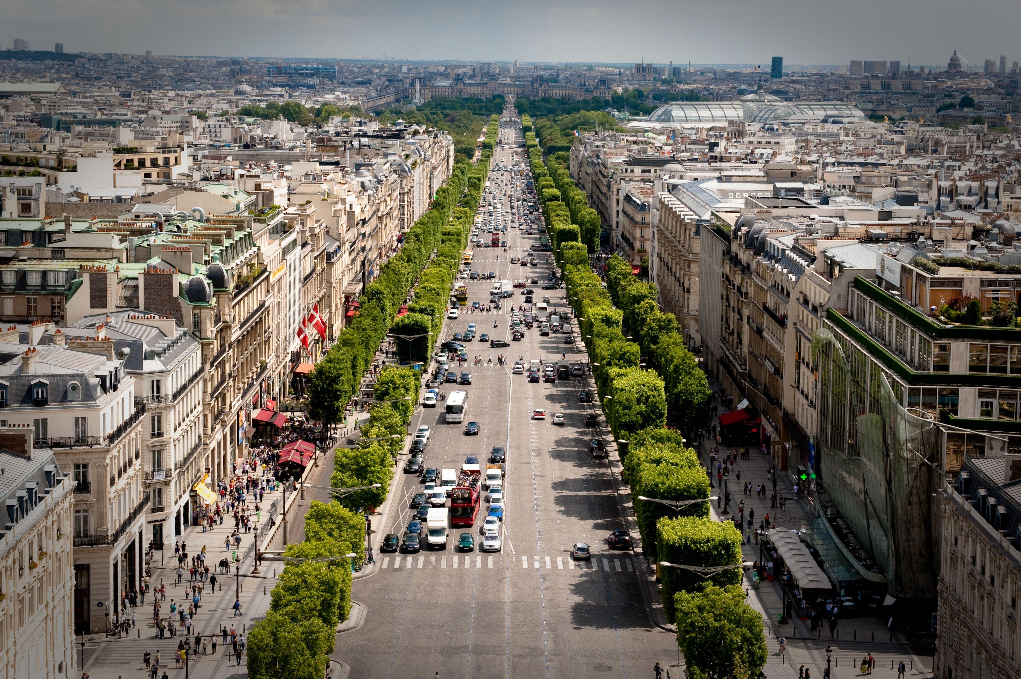 Avenue_des_Champs-Élysée
