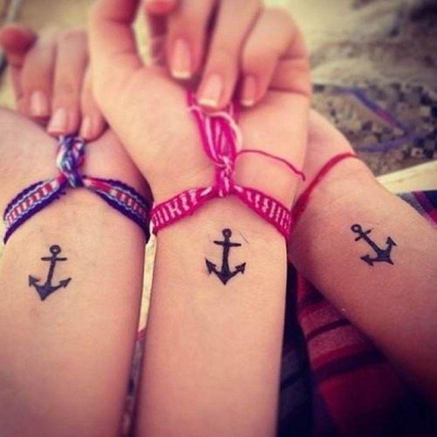 ...se sei grande, un tatuaggio con la tua migliore amica, è fuori discussione...
