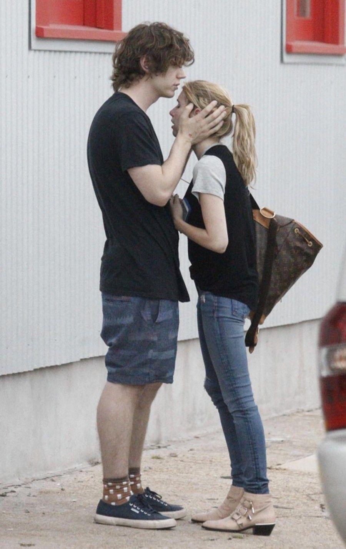 Evan Peters ed Emma Roberts