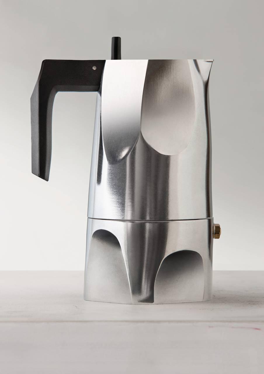 4 caffettiere di design per preparare un ottimo caff for Caffettiera napoletana alessi