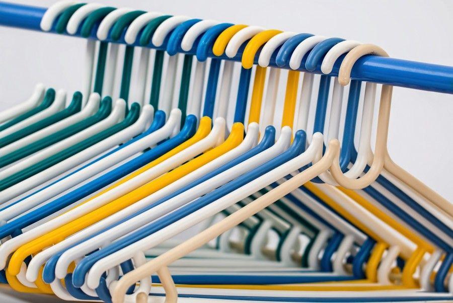 clothes-hangers