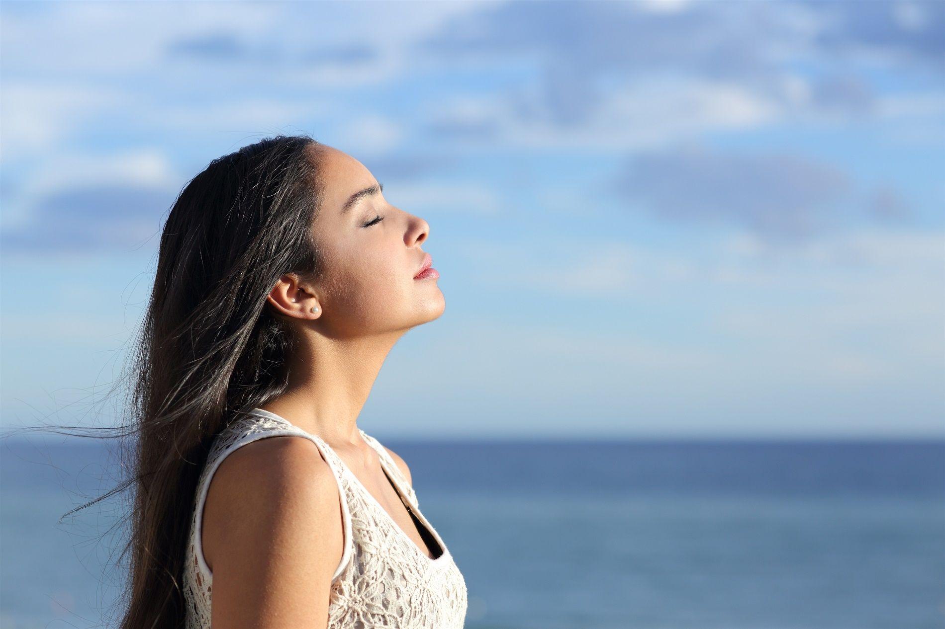 donna-asma-respirare