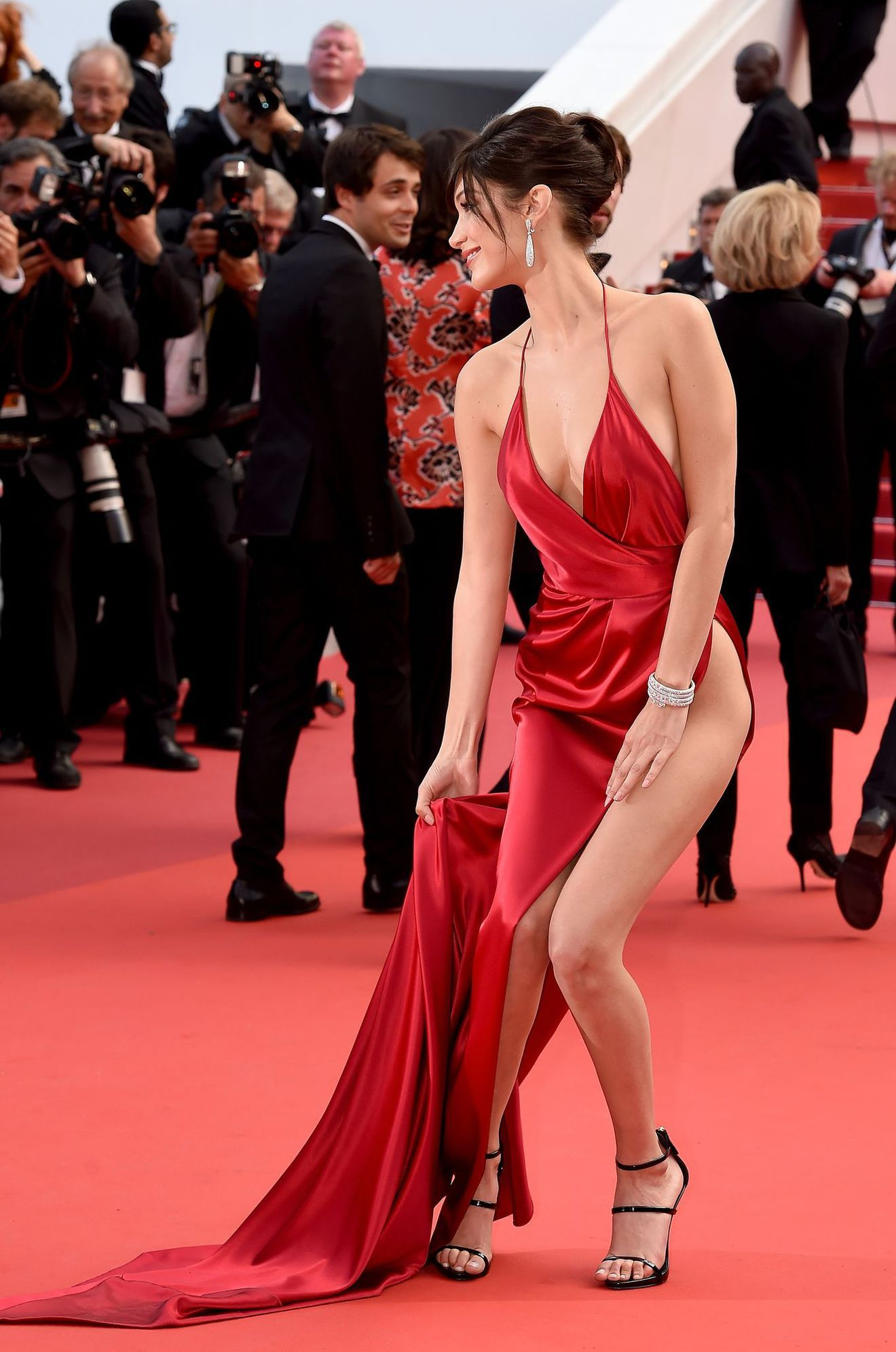 bella-hadid-cannes-2016-spacco