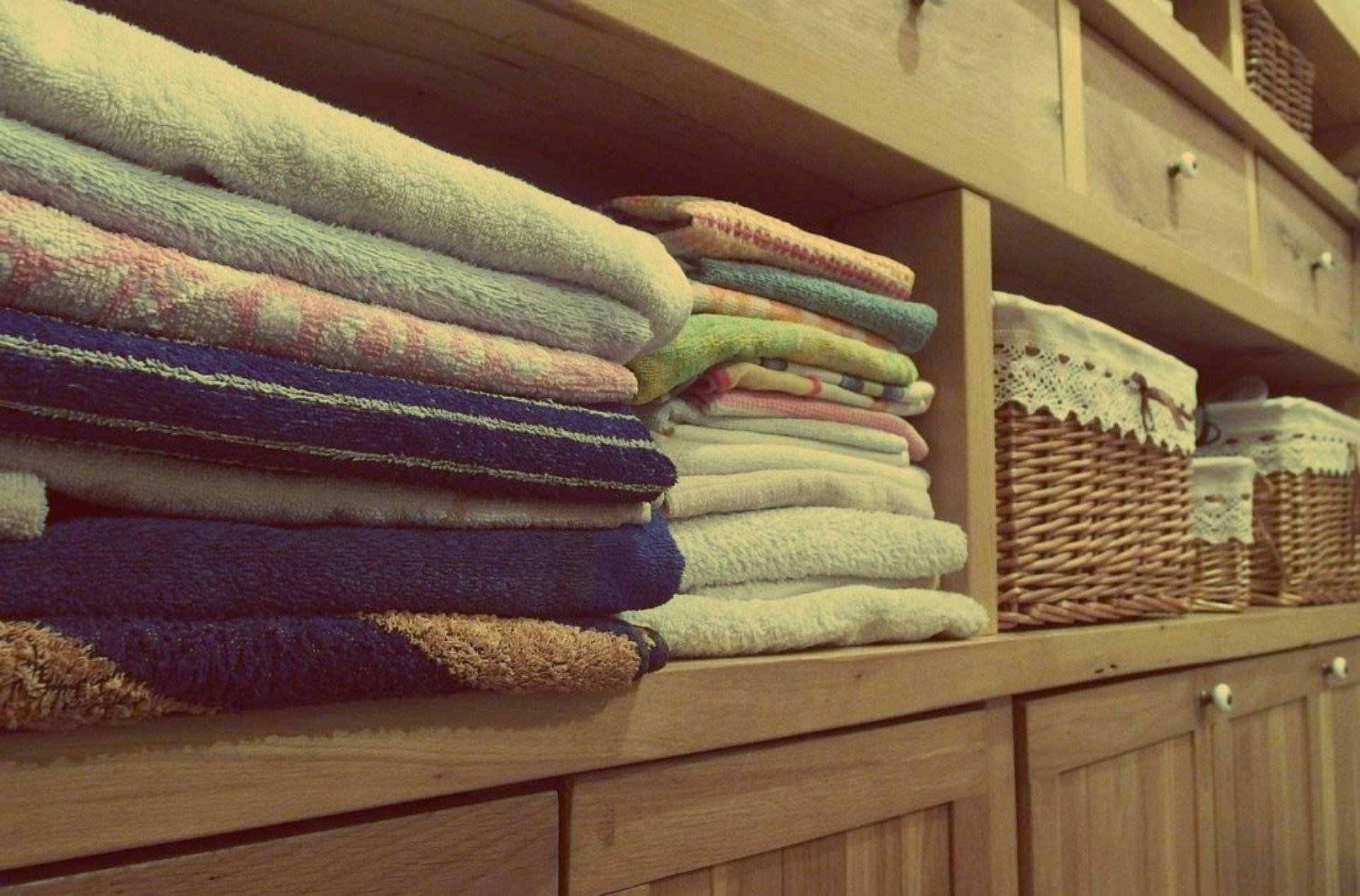 Come Ordinare I Cassetti Del Bagno : Come ordinare lenzuola e asciugamani bigodino