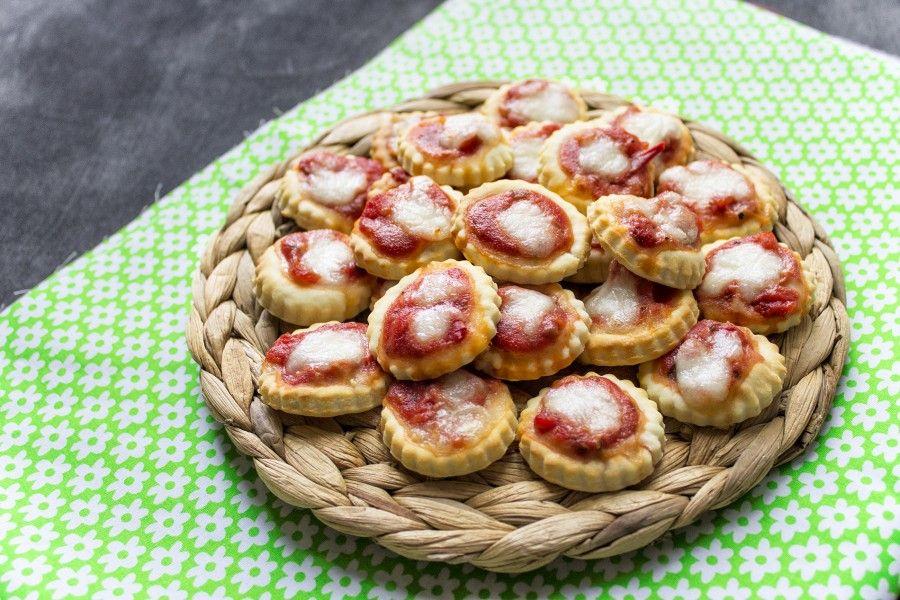 pizzette-alla-ricotta-senza-lievitazione-contemporaneo-food