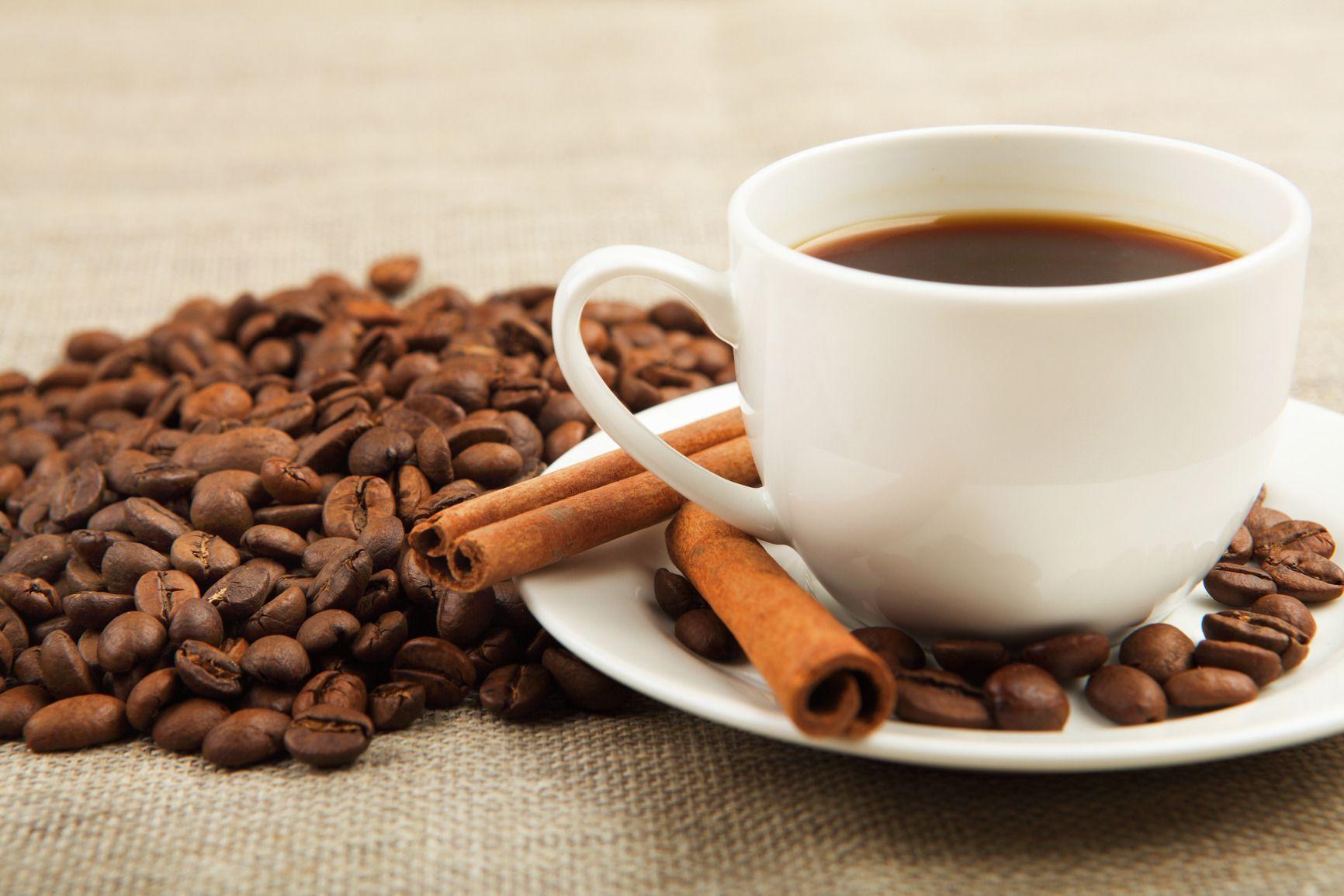 8 ragioni per aggiungere la cannella al caffè