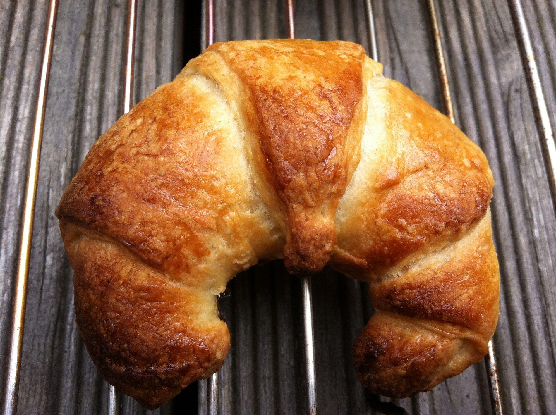Come si preparano i croissant francesi