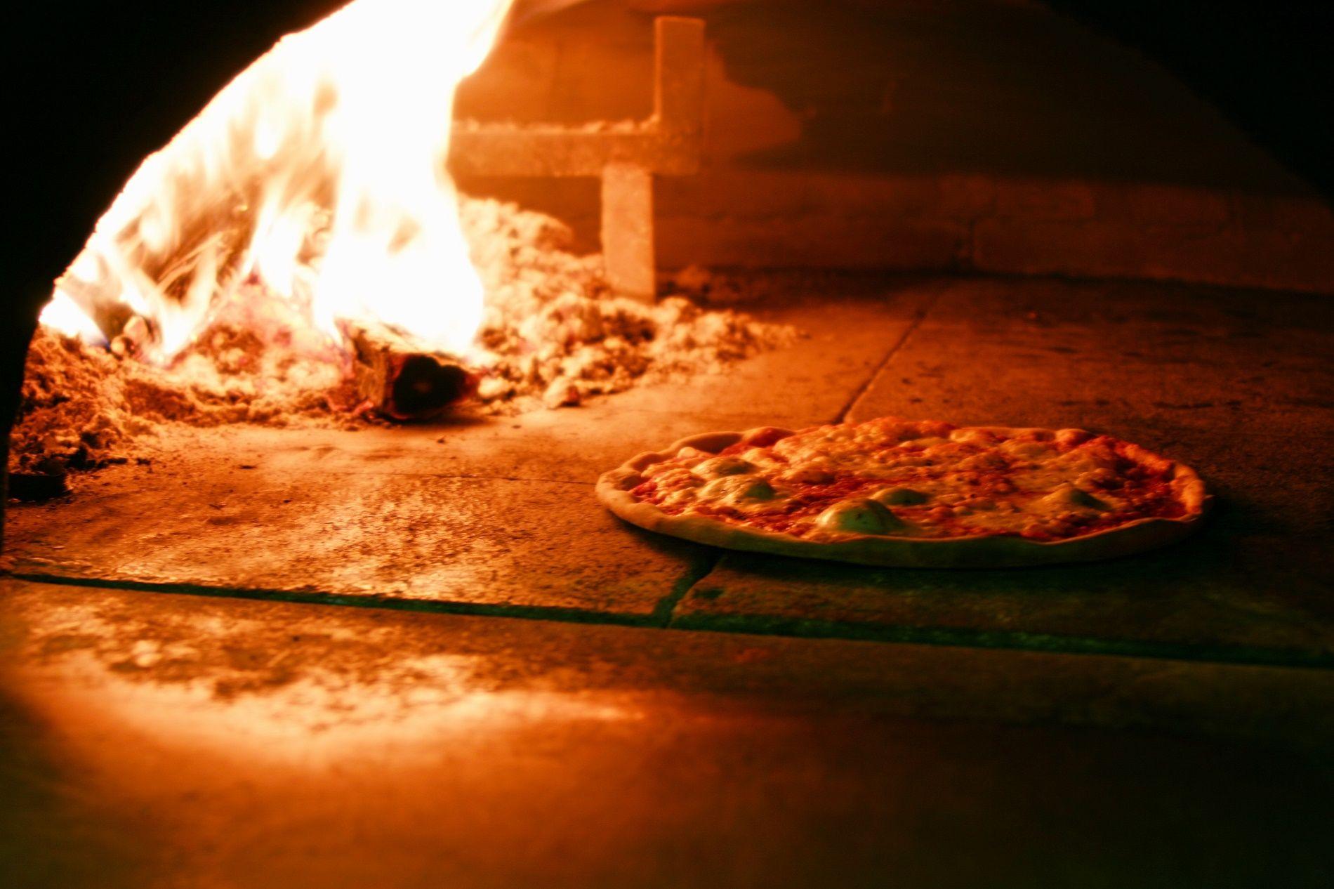 Quanto costa una pizza margherita?