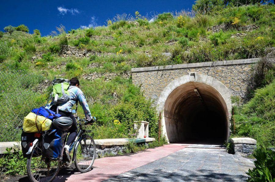 ex ferrovia dismessa Linguaglossa-Castiglione di Sicilia