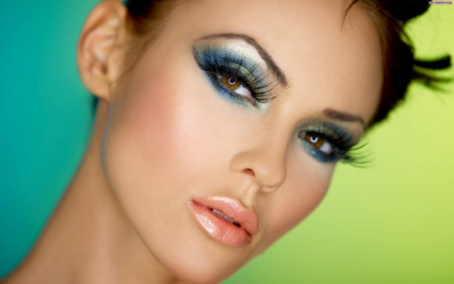 Make up copertina