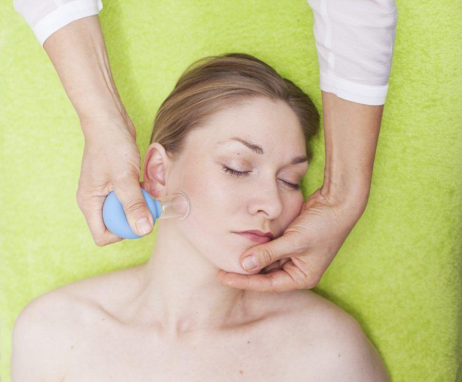 Massaggio con le copette