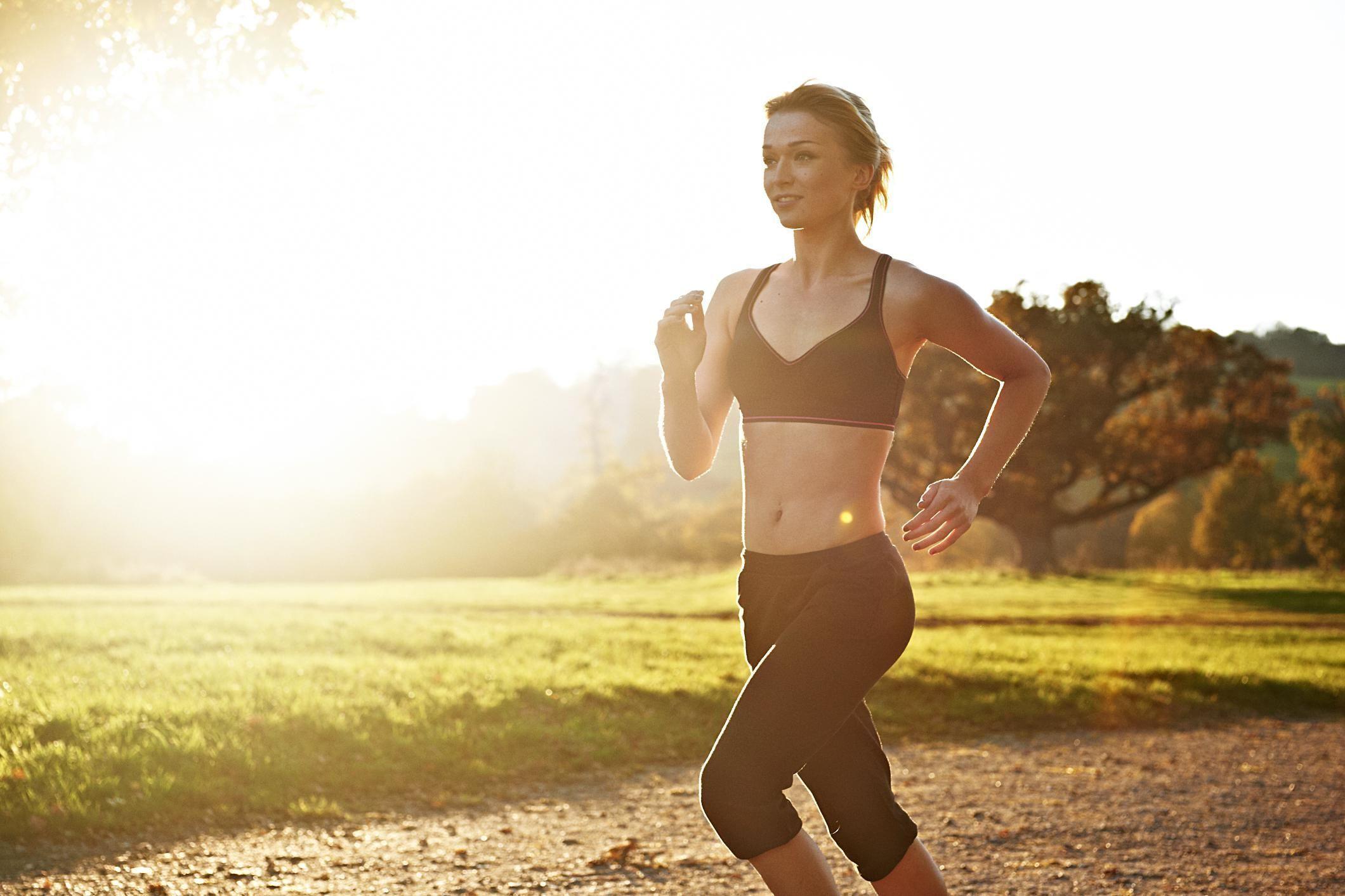 Reggiseno sportivo: perchè indossarlo anche se hai il seno piccolo
