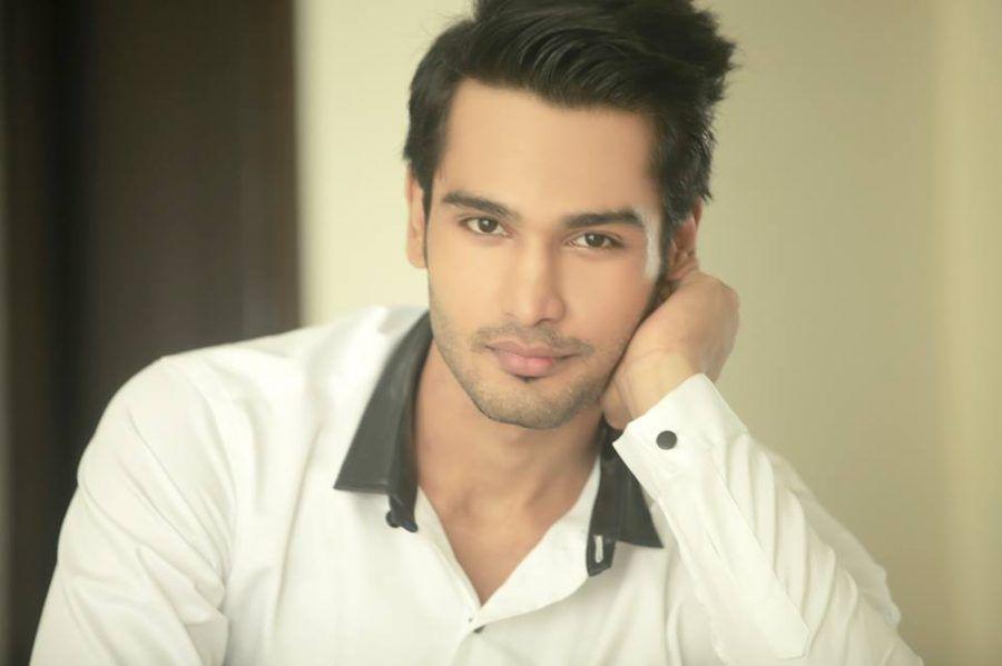 Rohit Khandelwal attore e modello