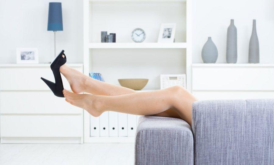 Togliere le scarpe in casa