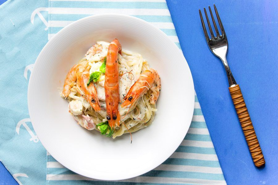 spaghetti-gamberetti-ricotta-menta-1-contemporaneo-food