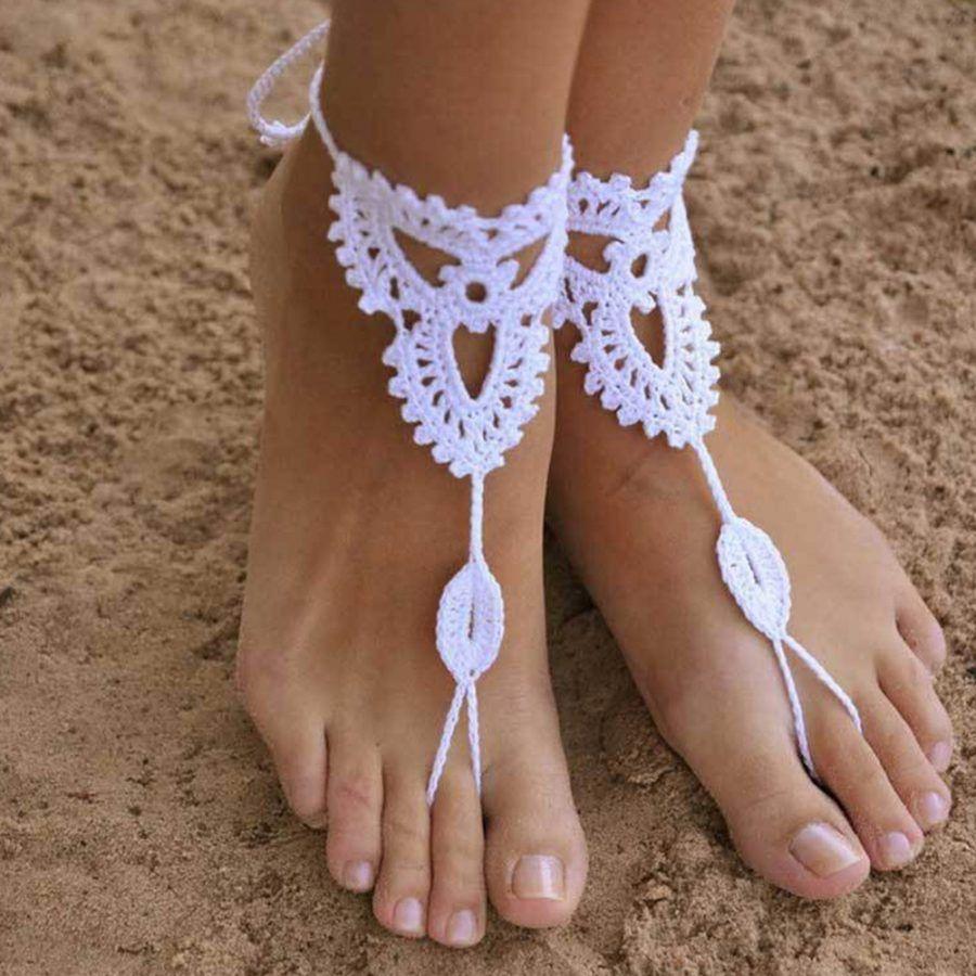 gioiello per piede in crochet bianco