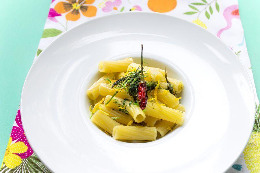 maccheroncini-agrumi-finocchietto-5-contemporaneo-food