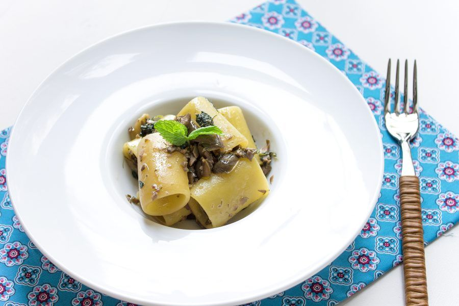 paccheri-pesto-olive-2-contemporaneo-food