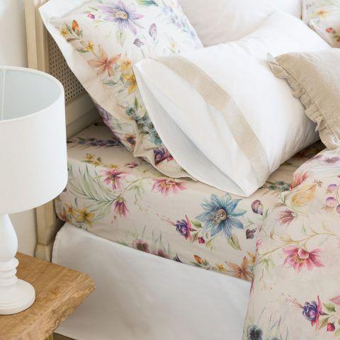 LENZUOLO DI SOTTO STAMPA FLOREALE MULTICOLORE - per un letto 160cm / 160 x 200 x 28 cm, prezzo 35,99 euro